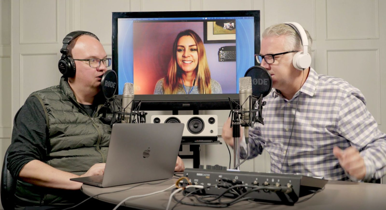 GC Podcast - Oct 5 - A Case for 8K TVs, Our First Mailbag, and the Red Planet